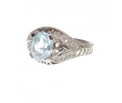 Женское кольцо с топазом  и бриллиантами артикул 5179