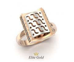 Необычное прямоугольное кольцо с рельефной вставкой артикул: 5198