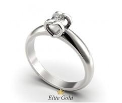 Помолвочное кольцо с сердцами с камнем в центре артикул: 9616