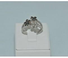 Серебрянное женское кольцо артикул: 60221