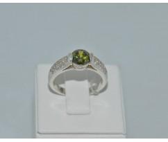 Серебрянное женское кольцо артикул: 60331