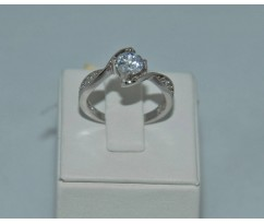 Серебрянное женское кольцо артикул: 60981